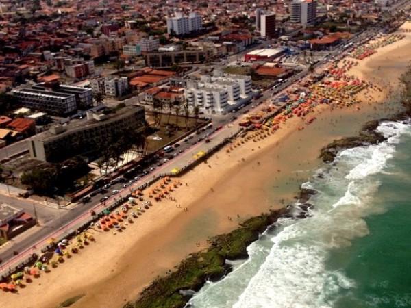 Praia do Meio, em Natal, é um dos pontos que deve ser evitado pelos banhistas (Foto: Emmily Virgílio/Inter TV Cabugi)