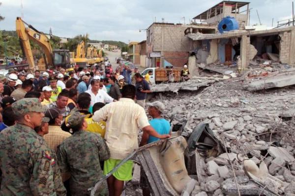 Chega a 525 o número de mortos por terremoto no Equador