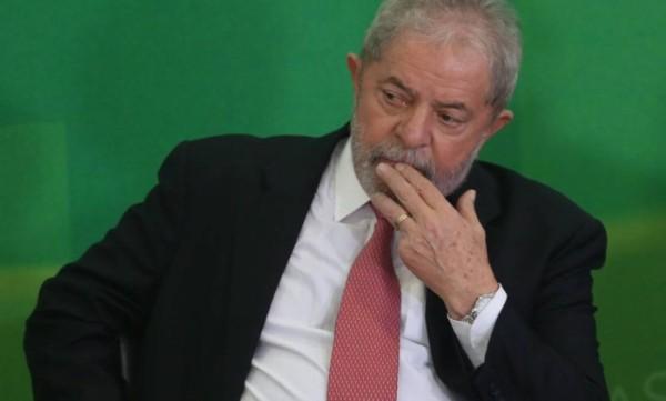 Teori nega pedidos para suspender posse de Lula na Casa Civil