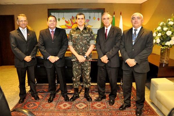 Presidente da Assembleia recebe comandante da 7ª Brigada de Infantaria Motorizada