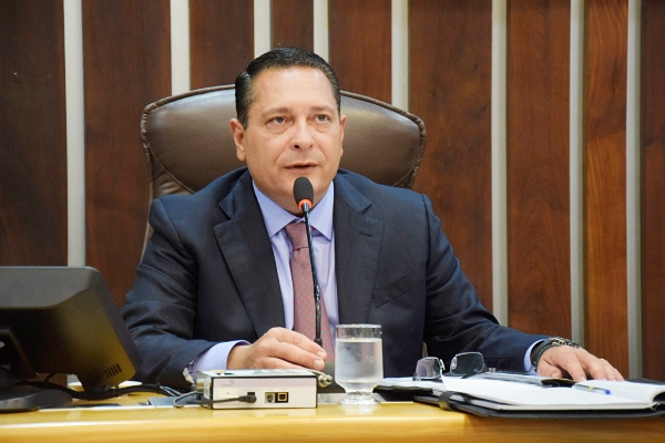 Ezequiel Ferreira solicita ações de segurança, infraestrutura e educação para Tangará