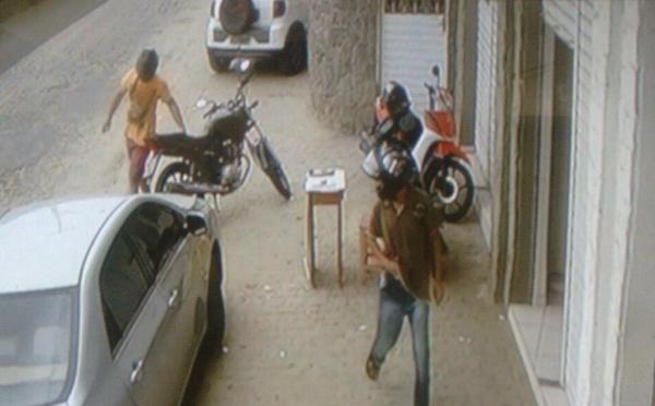 Dupla assalta Casa Lotérica no Bairro Boa Passagem em Caicó