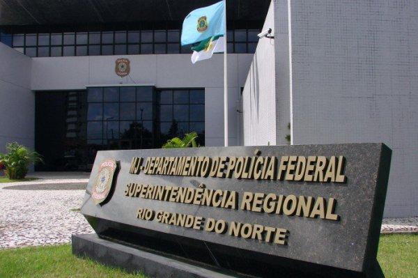 Bandidos arrombam caixa eletrônico próximo à Polícia Federal em Natal