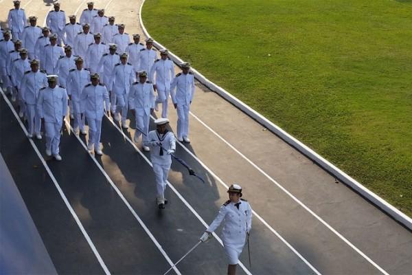 OPORTUNIDADE: Marinha anuncia concurso com cerca de 600 vagas temporárias e salários de R$ 8.900