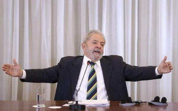 Lula nega acusações feitas por Delcídio