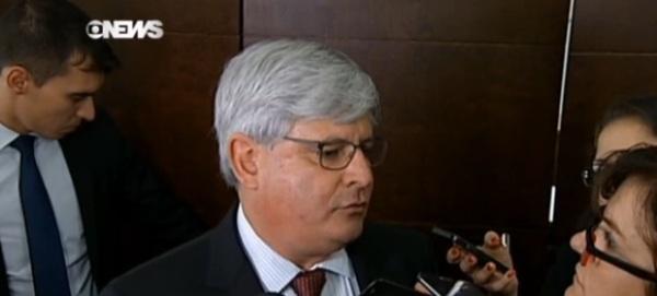 Janot muda de opinião e agora é contra posse de Lula na Casa Civil