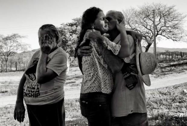 Kauany Sousa e seus pais, Nilson Pereira e Creuza Alves.