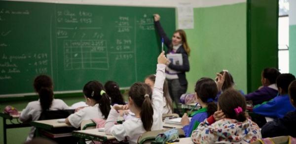 Governo do RN convoca 933 professores e especialistas concursados