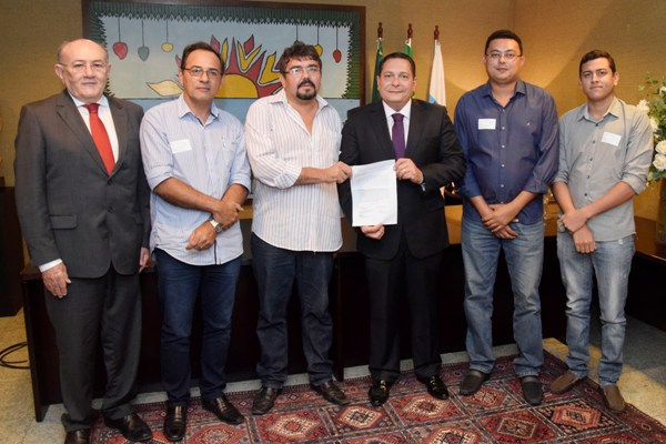 Ezequiel Ferreira garante intermediação da Assembleia para pleitos de pescadores
