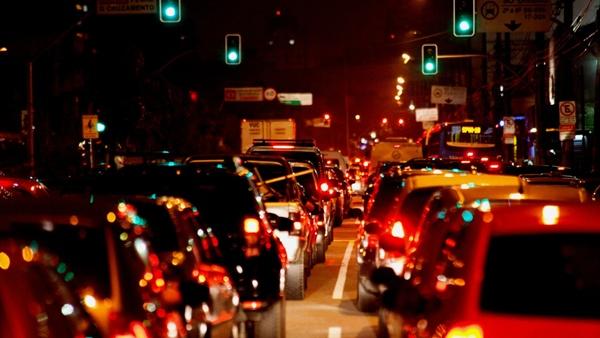 Dilma sanciona regras mais rígidas do Código de Trânsito