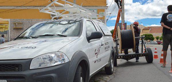 Cabeamento da Sidy's TV e Internet em Acari segue em ritmo acelerado