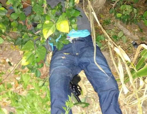Criminoso é morto após assaltar comércio e trocar tiros com a PM
