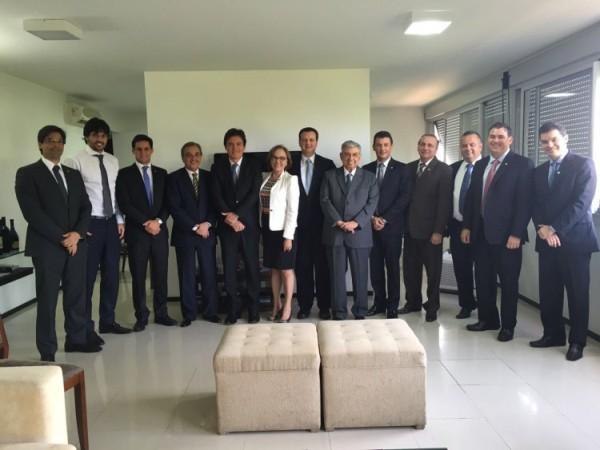 Em Brasília, Robinson pede apoio da bancada federal à gestão estadual