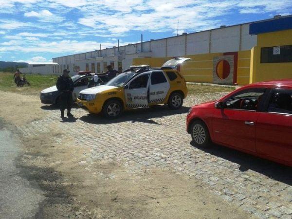 CPRE realiza operações simultâneas em Goianinha, Parelhas e Caicó e apreende veículos irregulares