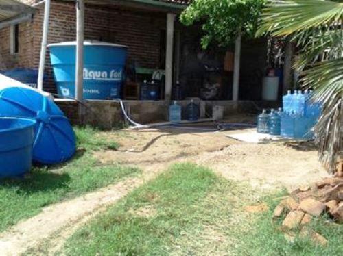 Empresa usava água suja guardada em poço para vender como mineral, na Paraíba