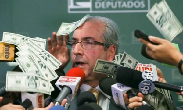 Procuradoria pede bloqueio de R$ 20 milhões das contas de Cunha