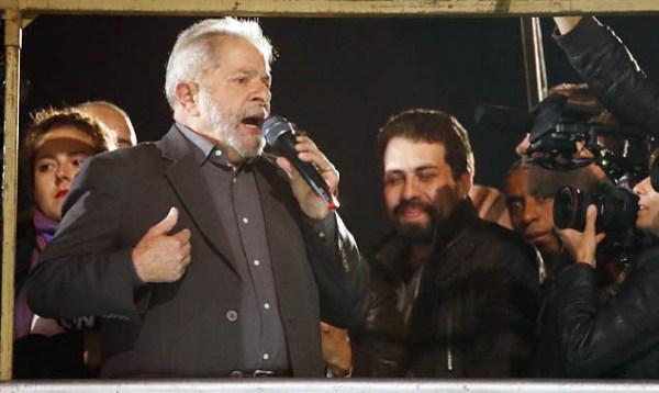 Lula recorre para manter investigações no STF e pede apuração de Moro