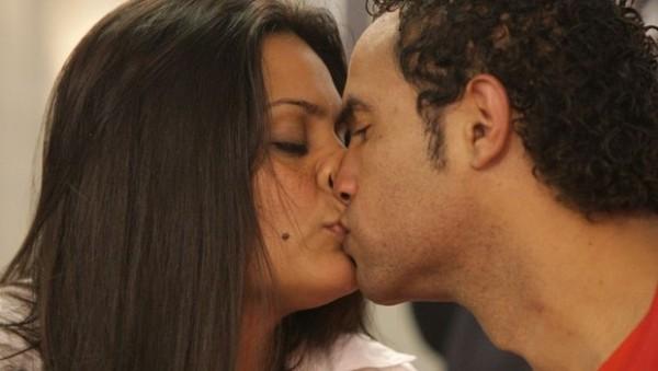 Preso na Grande BH, goleiro Bruno se casa com dentista em Apac