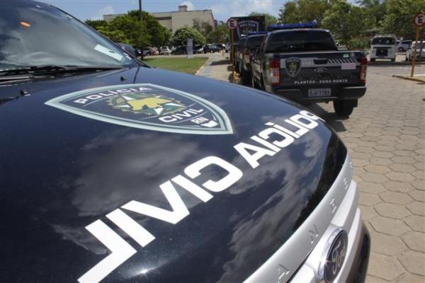 Polícia prende mulher suspeita de matar bebê com tiro na cabeça em Natal