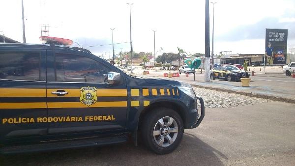 BALANÇO PRF: 3.000 motoristas foram multados por dirigir com farol baixo desligado de dia