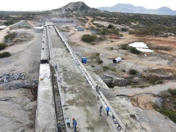 Barragem de Oiticica fica R$ 104 milhões mais cara, diz governo do RN