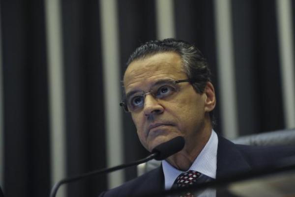 "PGR relaciona o ex-ministro Henrique Alves a ""grupo criminoso"""