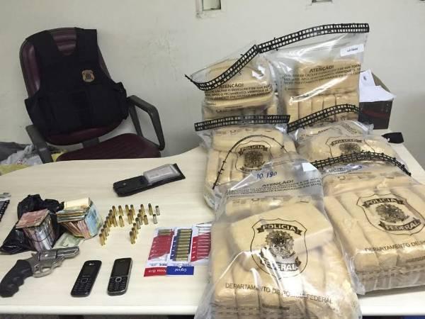 PF prende caminhoneiro com 62kg de Cocaína em Mossoró