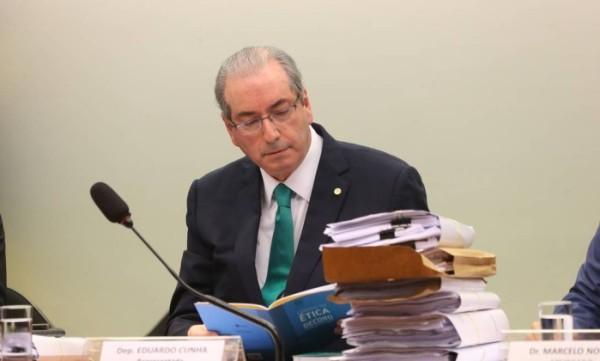 Relator do recurso de Cunha na CCJ deve entregar parecer nesta segunda