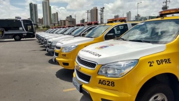 Governo do Estado recebe novos veículos e armas para Segurança Pública