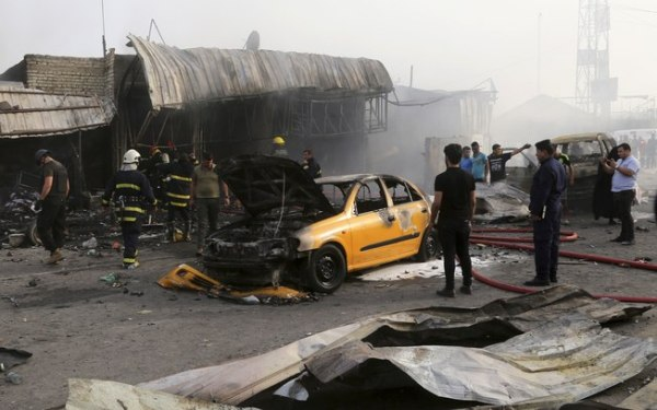 Explosões deixam 75 mortos em centros comerciais de Bagdá