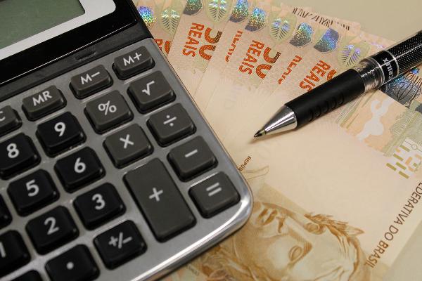 MEC formaliza ampliação da renda familiar para acesso ao Fies