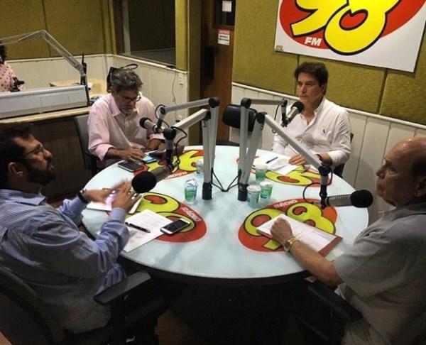 Robson em entrevista a radio 98 fm