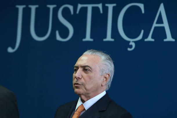 Temer sanciona reajuste de 41,47% para servidores do Judiciário