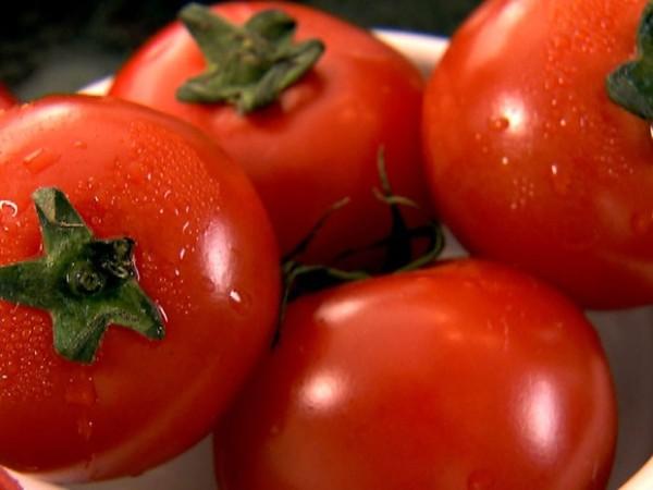 A incrível história do adolescente que se alimentou só de tomate por 12 anos