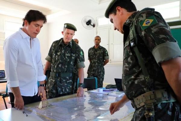 Chefe do Executivo conversou com os oficiais do comando sobre estratégias que serão adotadas neste reforço.