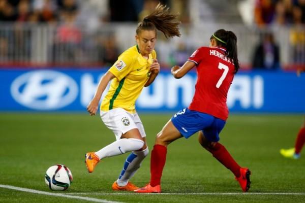 7c2c869d52 Rio 2016 começa hoje com futebol feminino  Brasil estreia em busca do ouro