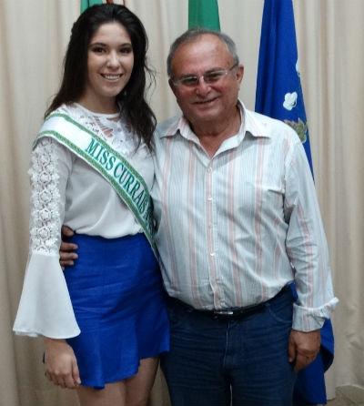 CURRAIS NOVOS: Prefeito deseja sucesso a Miss na disputa estadual