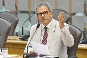 Hermano solicita ao Governo alternativas para reverter o desemprego no RN