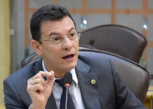 Deputado Dison requer benefícios para municípios do Agreste