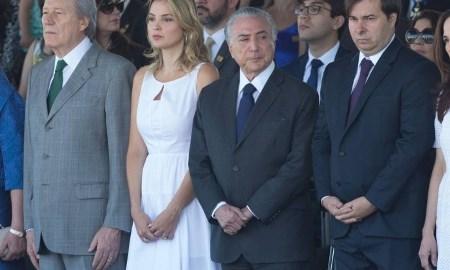 E TOME VAIA: Em Brasília, Desfile de 7 de Setembro começa com gritos de 'Fora, Temer'
