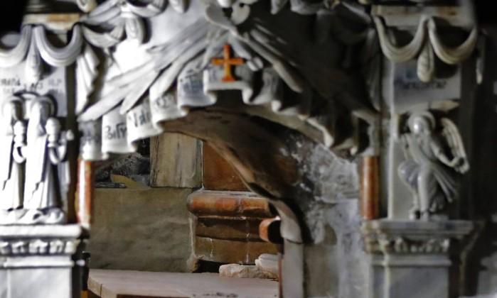 Entrada da Edícula da Tumba na Basílica do Santo Sepúlcro