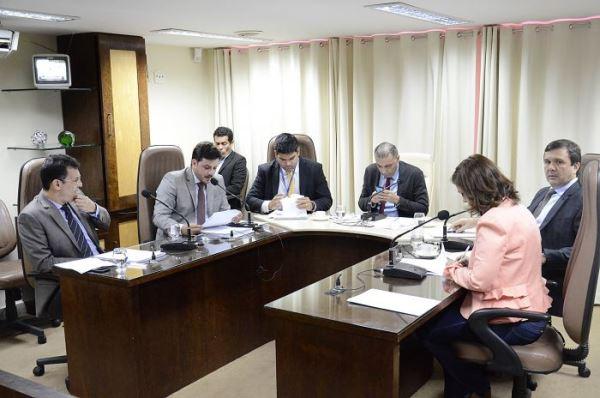 CCJ dá primeiro passo para modernizar sistema de gestão democrática nas escolas