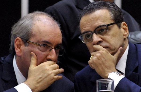 PF achou documentos de Cunha na casa de Henrique Alves