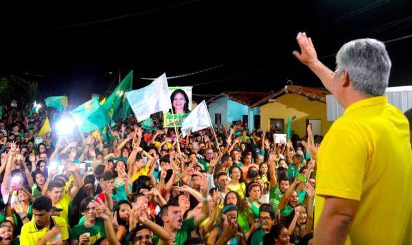 CAMPO REDONDO: Com ampla maioria, Doutor Alessandru é o primeiro prefeito reeleito na cidade