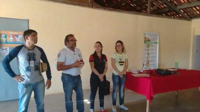 MEIO AMBIENTE: Discentes de Alimentos do IFRN realizam sensibilização sobre o perigo do uso de agrotóxicos na Zona Rural de C. Novos