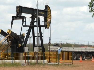 Retração na exploração de petróleo afetou a economia potiguar.