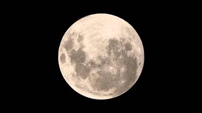 Eclipse da Lua pode ser visto hoje à noite em todo o Brasil