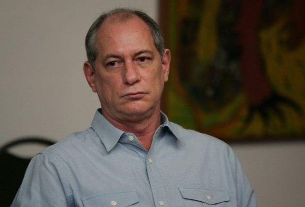 'Mais fácil um boi voar do que o PT apoiar alguém', diz Ciro Gomes