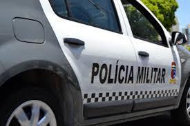 Bandidos tentam roubar carro da PM em Natal, trocam tiros com policiais e um morre
