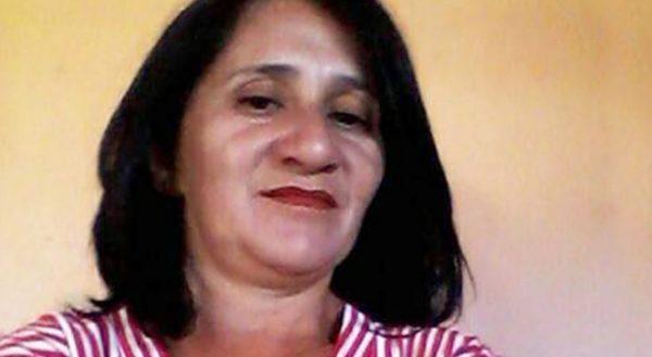 Feminicídio: Mulher é morta com tiro na cabeça em Martins